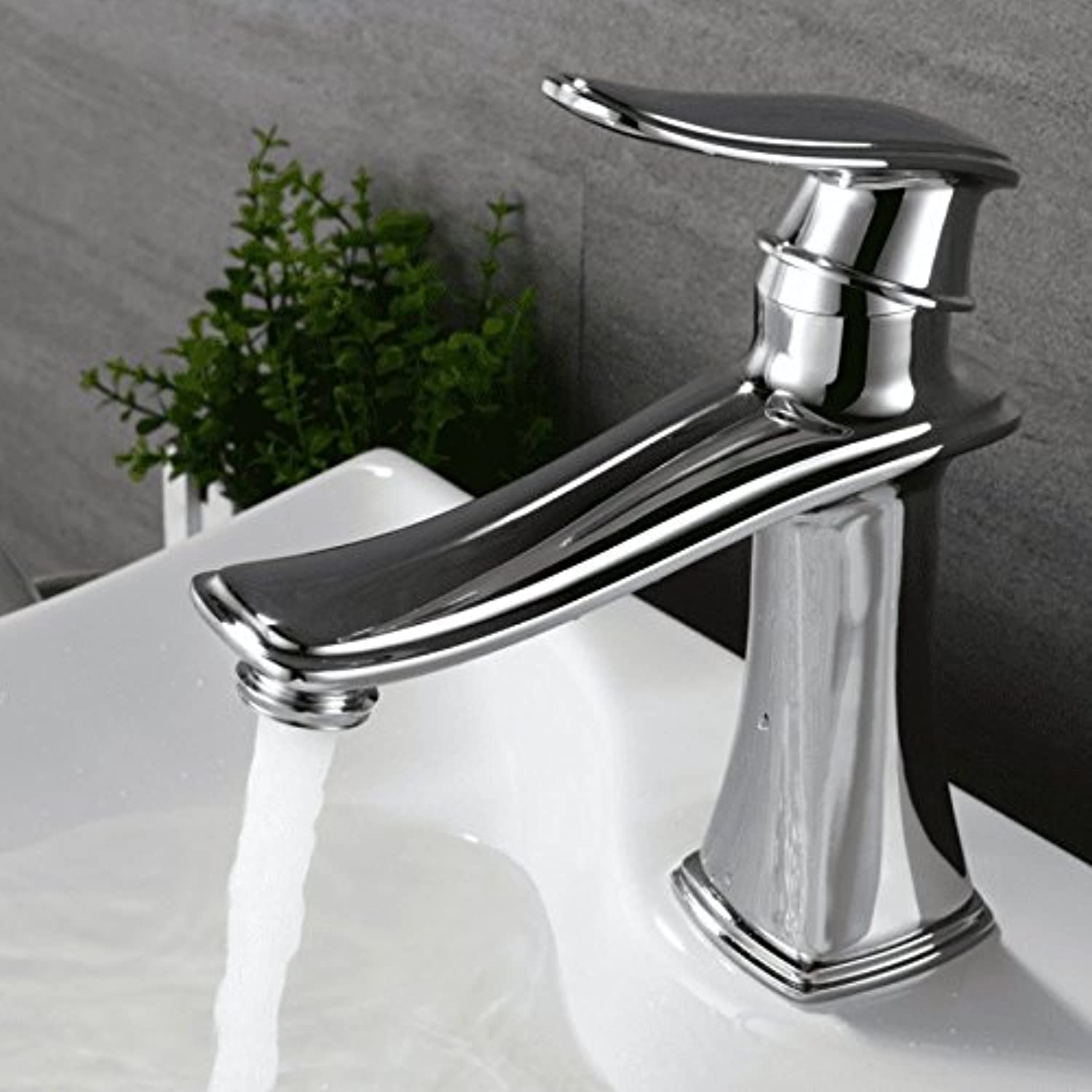 AQMMi Bathroom Sink Mixer Tap Copper 1 Hole Single Lever Hot and Cold Water Silver Taps for Bathroom Sink