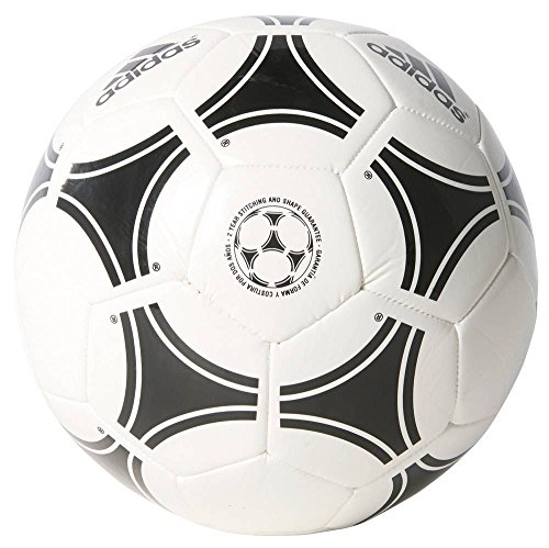 Artesano Educación escolar abrelatas  adidas Tango Rosario Football SZ5 656927- Buy Online in Guadeloupe at  guadeloupe.desertcart.com. ProductId : 22324319.