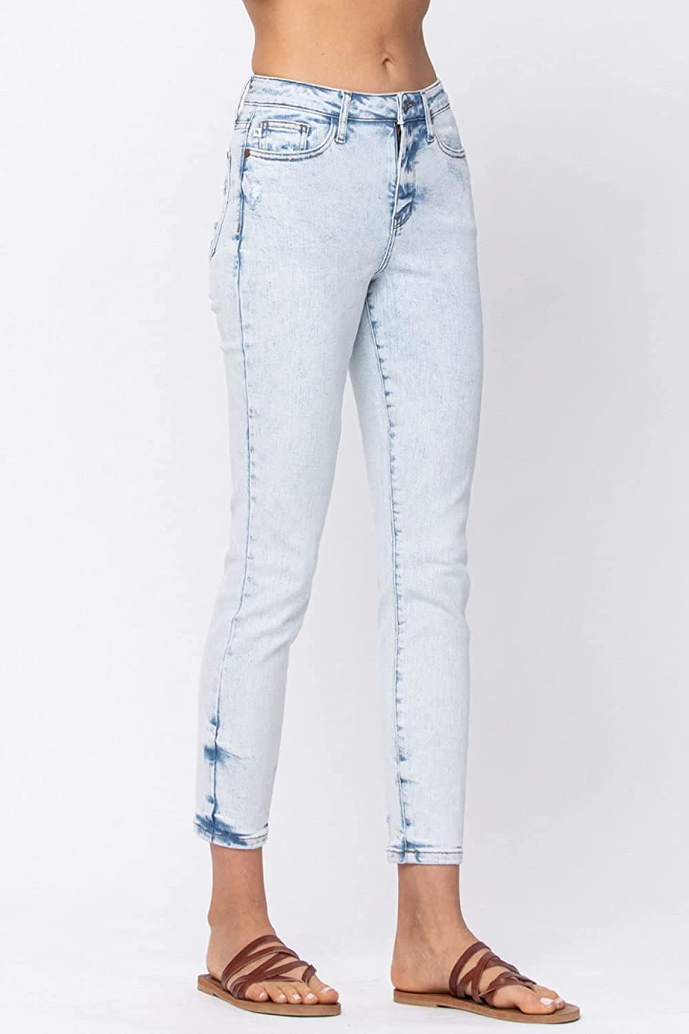 Judy Blue Slim Fit Ultra Light Blue Acid Wash High Waist Jeans! Your New Favorite Slim fit! (Style: 88241)