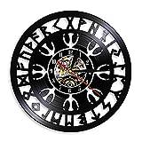 Reloj de pared de vinilo con brújula vikinga, reloj de pared vintage negro colgante de vinilo, relojes de pared misteriosos nórdicos mágicos, decoración para sala de estar, 30 cm.