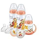 NUK Disney Babyflasche, Schnuller- und Schnullerbecher-Set, 0-18 Monate, Winnie Puuh-Design, mit 2 Babyflaschen, 1 Schnullerbecher, 2 Schnullersauger und 2 Silikonflaschensauger