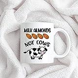 N\A Taza Blanca Taza de Leche Vegetal Taza Vegana AF I Love Cows Mugs Proud Vegan Gift Drink Leche de almendras Unique Festival Regalo de cumpleaños 11 onzas