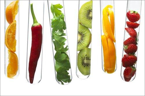 Posterlounge Acrylglasbild 30 x 20 cm: Früchte in Reagenzgläsern von Science Photo Library - Wandbild, Acryl Glasbild, Druck auf Acryl Glas Bild