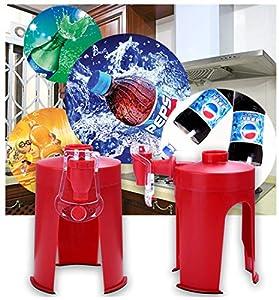 La segunda generación de galletas de creación de botella a mano prensado dispensador de bebida de carbonatada en el dispositivo casero invertido máquina de bebidas Coca-Cola