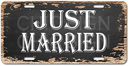 Chic Sign Just Married Vintage Rustic Car Decor Gift Sign Digital Printed.