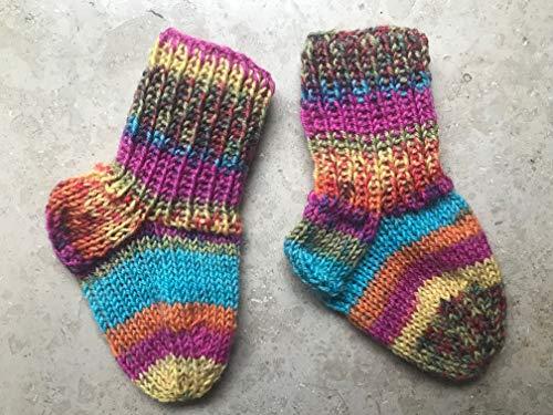 Handgestrickte Babysocken 10 cm bunt gemustert gestreift gelb pink türkis orange grün für Mädchen ca. 0-3 Monate, Socken für...