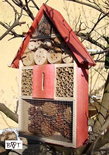 Großes Insektenhotel, KOMPLETT mit Schmetterlingshaus rot lasiert Vogelhäuschen Nistkasten Insektenhotel, KOMPLETT mit Schmetterlingshaus aus Holz Insektenhäuschen - biologischer ökologischer natürlicher Pflanzenschutz - ökologische biologische natür