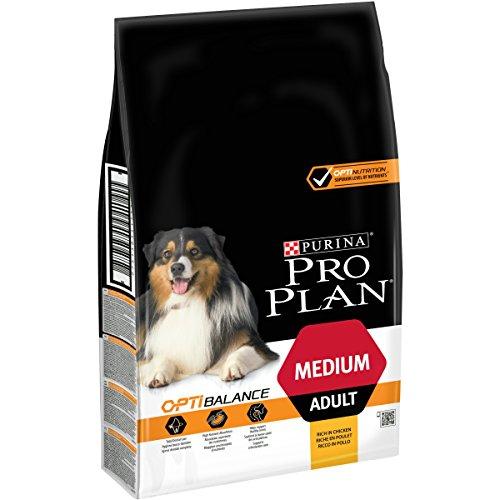 PRO PLAN Medium Adult avec OPTIBALANCE Riche en Poulet - 7 KG - Croquettes pour chiens adultes de taille moyenne