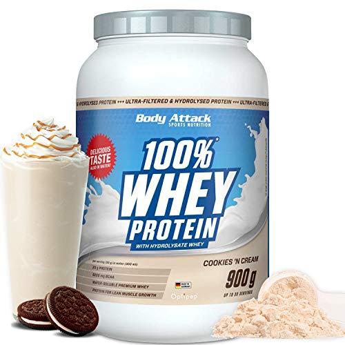 Body Attack - 100% Whey Protein, extra cremiges Eiweißpulver mit Hydrolysat und BCAA´s, unterstützt Muskelaufbau und Diäten, für alle Sportler & Athleten - Made in Germany – 900g (Cookies n Cream)