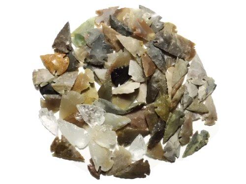 Animus Imperat 80 kleine Pfeilspitzen aus Achat und Kristallquartz Steinzeit Nachbau