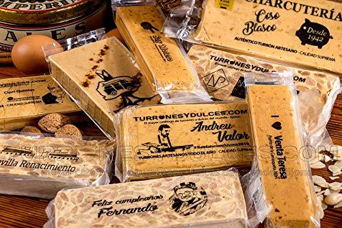 Turrón o chocolate PERSONALIZADO con fotos, logos y mensajes. Ideal para fotos familiares, amigos, regalos empresa. Es artesano y con Denominación Origen (Turrón de Jijona (blando))