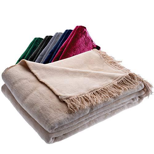 KADAX Kuscheldecke, weiche Wohndecke mit Fransen, 150 x 200 cm, Sofadecke, Couchdecke, warme Decke für Couch, Bett, Tagesdecke aus Baumwolle, Acryl, pflegeleicht (beige)