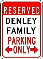 装飾ポスターサインイン、デンリーファミリーパーキング-ガレージのビンテージルック再現アルミ金属サイン、屋内および屋外での使用が簡単