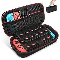 Nella versione aggiornata possono essere inseriti la console Nintendo Switch, 2 Controller Joy-Con e 19 cartucce da gioco. La custodia rende il tuo set Nintendo Switch ancora più portatile & facile da trasportare. La tasca in rete con cerniera zip au...