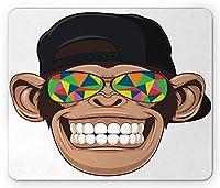 漫画のマウスパッド、カラフルなサングラスと帽子のラッパーヒッピーエイプアートの楽しいヒップスターモンキー、長方形の滑り止めのゴム製マウスパッド、標準サイズ、ホワイトブラウン