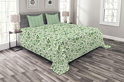 Lunarable Shamrock Bedspread, Lucky Celtic Clovers Swirls Monochrome Irish Design St Patrick's Day, Decorative Quilted 3 Piece Coverlet Set with 2 Pillow Shams, Queen Size, Green Emerald