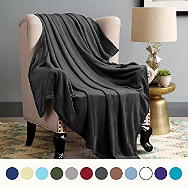 Bedsure Flannel Fleece Luxury Blanket Dark Grey Throw Lightweight Cozy Black Plush Microfiber Solid Blanket