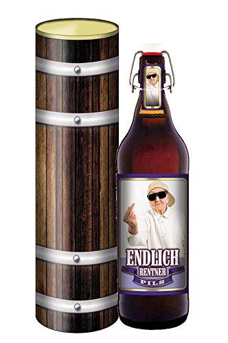 Endlich Rentner 1 Liter Flasche mit Bügelverschluss in der Geschenkdose im Holzdesign