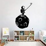 ganlanshu Etiqueta de la Pared del Universo Espacial Vinilo Luna Astronauta Selfie Adolescente habitación de los niños Etiqueta de la Pared Impermeable Decorativo Mural Art 63cmx42cm