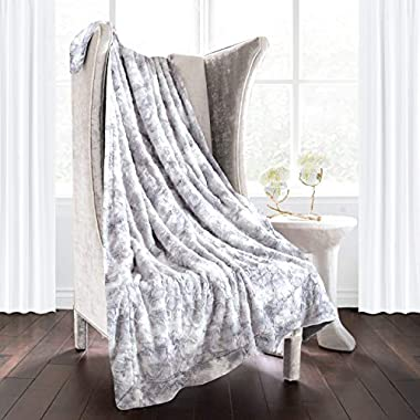 Italian Luxury Egyptian Luxury Super Soft Faux Fur Throw Blanket - Elegant Cozy Hypoallergenic Ultra Plush Machine Washable Shaggy Fleece Blanket - 60 x70  - Light Gray