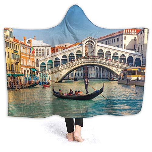 YOLIKA Usable Manta con Capucha Felpa,Paisaje Urbano en un día Soleado con el Puente de Rialto Destino de Viaje del Gran Canal de Venecia,Manta de Tiro Capa para Viajes en Casa, 60