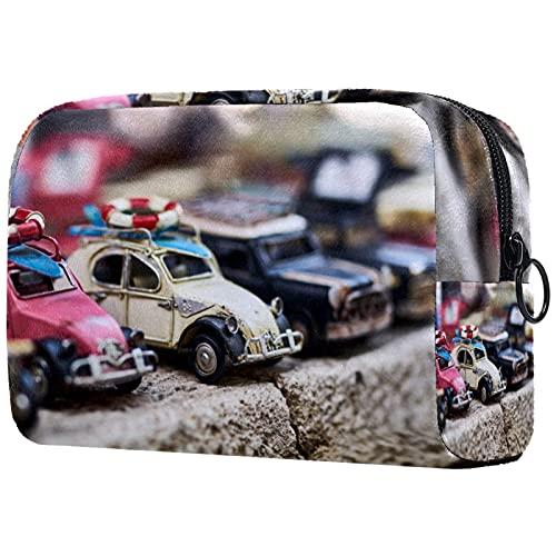 Yitian Bolsa de cosméticos de coches de juguete para mujeres, adorables bolsas de maquillaje espaciosas bolsa de aseo de viaje
