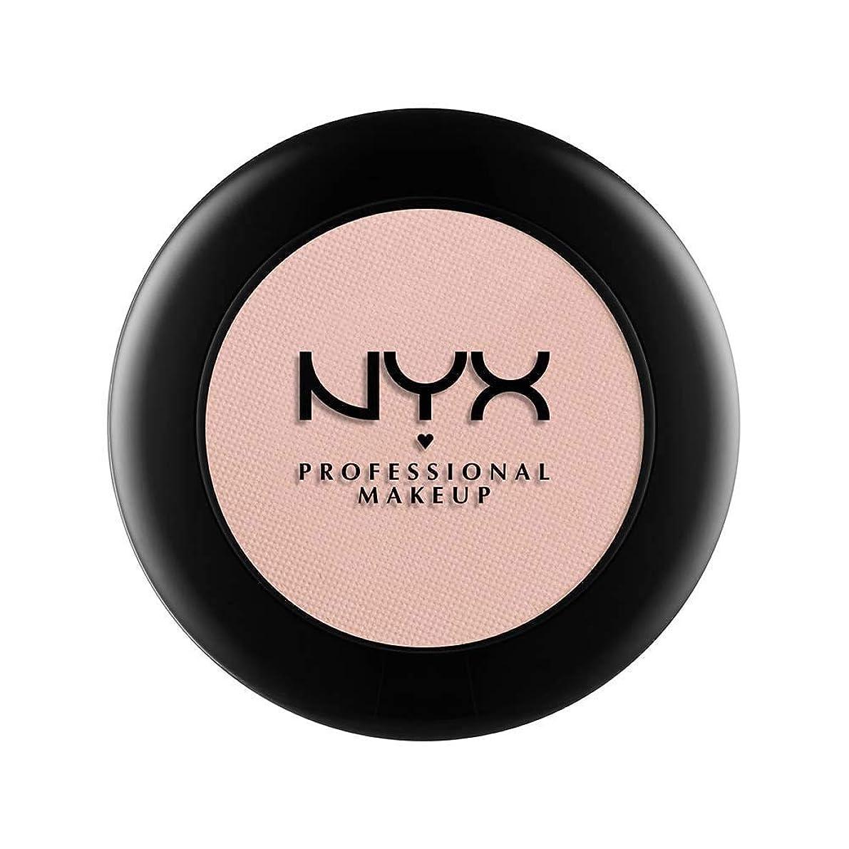 ルネッサンスさまよう枯渇NYX(ニックス) ヌード マット シャドウ 17 カラーレザー アンド レース