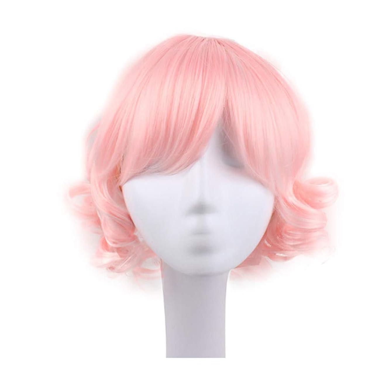 振動する演じるキャリッジブロンドのかつら女性のための短い巻き毛のかつら髪のかつらリアルウィッグとして自然な日々のパーティーコスプレ衣装かつらかつらキャップ付きかつら