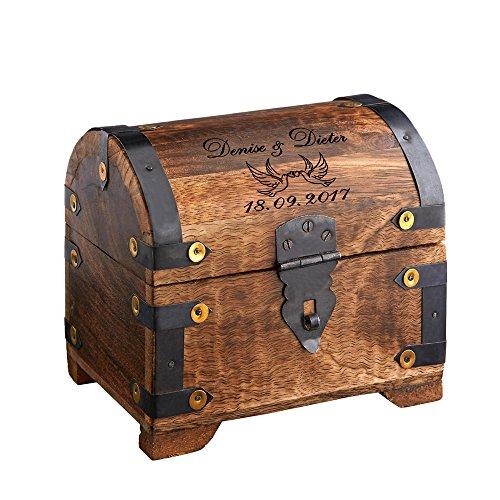 Casa Vivente Große Geld-Schatztruhe mit Gravur – Liebestauben – Personalisiert mit Namen und Datum – Schmuckkästchen aus dunklem Holz – Verpackung für Geldgeschenke – Hochzeitsgeschenke für Brautpaar