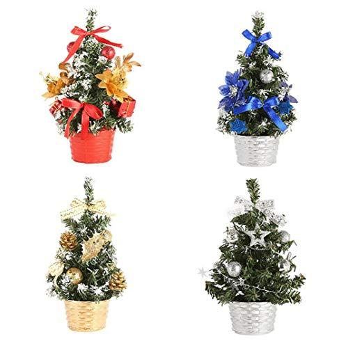 4 Arbolitos pequeños de Navidad que son ideales para adornar centros de mesa y pesebres.