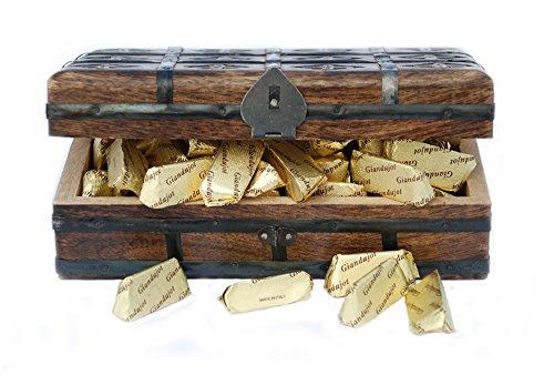 Schatzkiste gefüllt mit 1Kg Nougatpralinen Giandujot