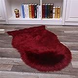 Nicole Knupfer Tapis en peau de mouton synthétique à poils longs imitation laine Tapis décoratif pour canapé Rouge vin 65 x 100 cm
