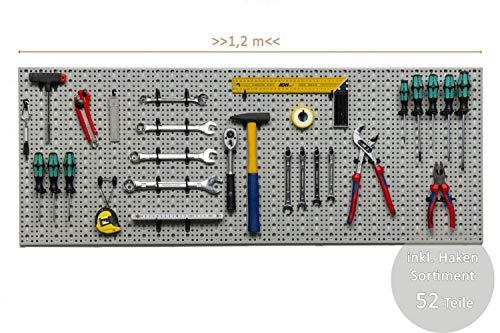 XXL Werkzeugwand aus Metall, Stärke ca. 1 mm, Hellgrau. Inkl. Hakensortiment 52 Teile. Maße BxT 120 x 46 cm.