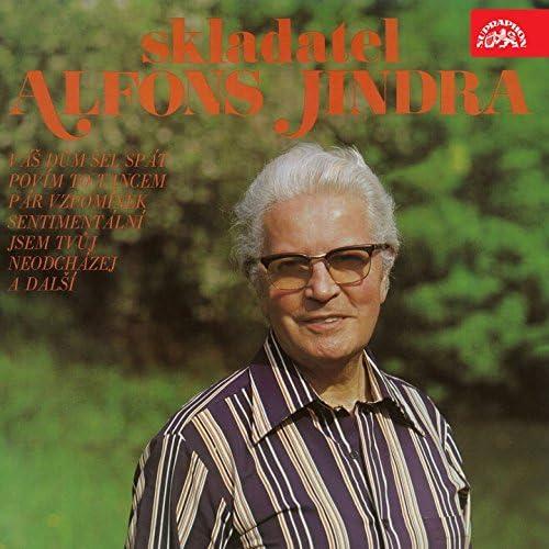 Karel Vlach Se Svym Orchestrem, Milan Chladil