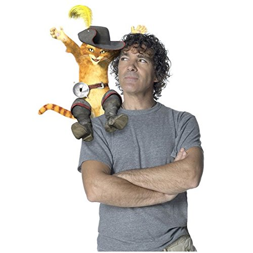 Antonio Banderas 8 x 10 Photo Shrek Grey Tee Curly Hair Looking at Puss in Boots Sitting on Right Shoulder kn