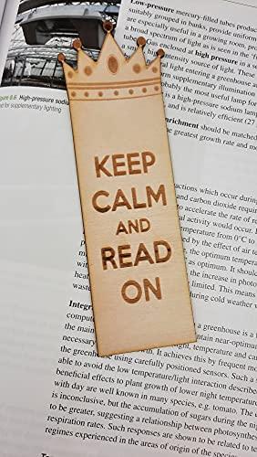 Segnalibro in legno con scritta 'Keep Calm and Read On' (lingua italiana non garantita)