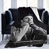 SL-YBB Sebastian Stan - Manta suave de microforro polar, adecuada para sofá, manta de felpa suave (1,100 x 140 cm)