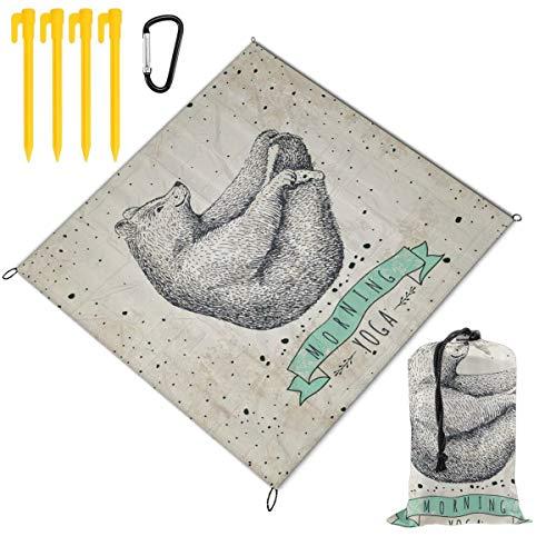 VORMOR Plegable Manta de Picnic 145x150cm,Yoga Ilustración contemporánea de Oso meditando sobre...
