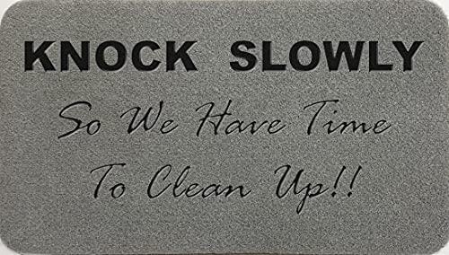 Knock Slowly So We Can Tidy Up - Felpudo de fibra de coco sintético de nailon gris claro, marrón, verde, crema, regalo (Syn Coir Grey (al aire libre))