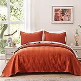 Rustfarbenes Zickzack-Tagesdecken-Set mit Kissenbezügen, gebranntes Orange, leichte Decke für alle Jahreszeiten, 3-teiliges Bettwäsche-Set (1 Steppdecke, 2 Kissenbezüge).