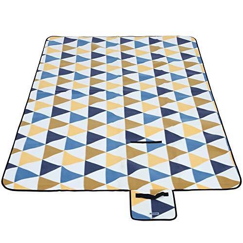 SONGMICS Manta de Picnic,300 x 200 cm, Manta de Playa, para Camping, Parque, Patio, Impermeable, Plegable, Patrón de Triángulo Amarillo y Azul GCM073Q01