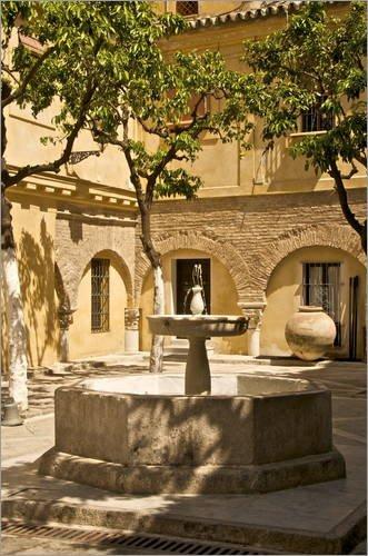 Posterlounge Acrylglasbild 20 x 30 cm: Terrasse mit Springbrunnen in Sevilla von Guy Thouvenin/Robert Harding - Wandbild, Acryl Glasbild, Druck auf Acryl Glas Bild