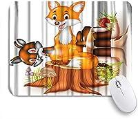 KAPANOUマウスパッド 木の切り株の上に座って漫画幸せなキツネ ゲーミング オフィス最適 高級感 おしゃれ 防水 耐久性が良い 滑り止めゴム底 ゲーミングなど適用 マウス 用ノートブックコンピュータマウスマット