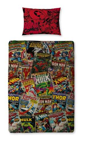 Hulk, Iron Man, Spiderman, los X-Men, el Capitán América, los Cuatro Fantásticos, Thor y otros muchos heroes famosos del universo Marvel, reunidos en este juego de sábanas de poliéster. Material: 100 % poliéster. Funda nórdica: 137 x 198 cm. Funda de...