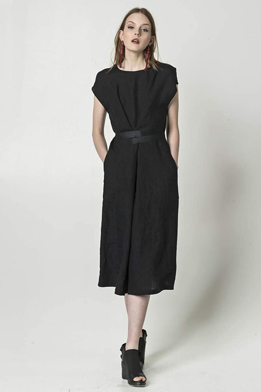Black linen dress with pockets, bell-shape linen dress with belts, handcrafted in Europe