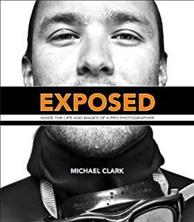Exposed: Inside the Life and Images of a Pro Photographer (Voices That Matter) (English Edition)