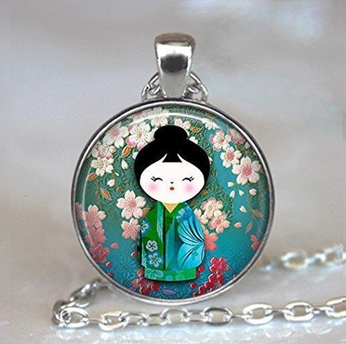 Plum Blossom Kokeshi Anhänger, Kokeshi Halskette, japanische Schmuck, Kokeshi Puppe Charm,