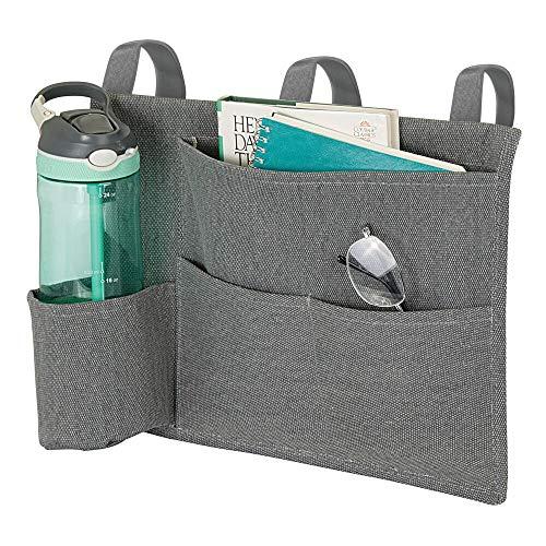 mDesign Guardatodo para usar como mesita de noche colgante – Organizador colgante compacto de algodón con 4 divisiones – Organizadores de tela con 3 lazos para colgar en la cama – gris grafito
