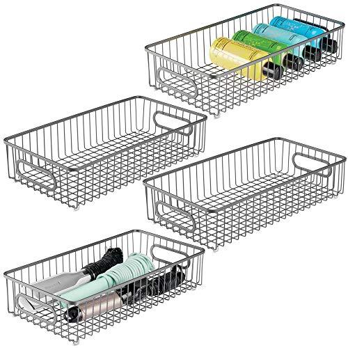 mDesign Juego de 4 cestas de metal con asas integradas – Cesto de alambre ancho con atractivo diseño de rejilla – Organizador de cosméticos para el baño – gris oscuro