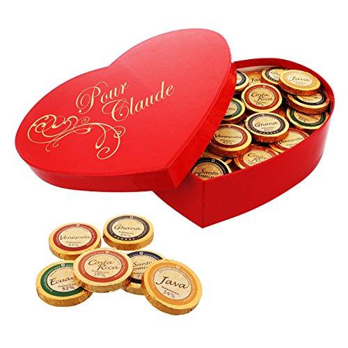 Délice Choco-Coeur personnalisé avec 480g de chocolats du monde entier dans un coffret en forme de coeur à offrir en cadeau de fête des mères, en cadeau d'anniversaire ou pour une déclaration d'amour